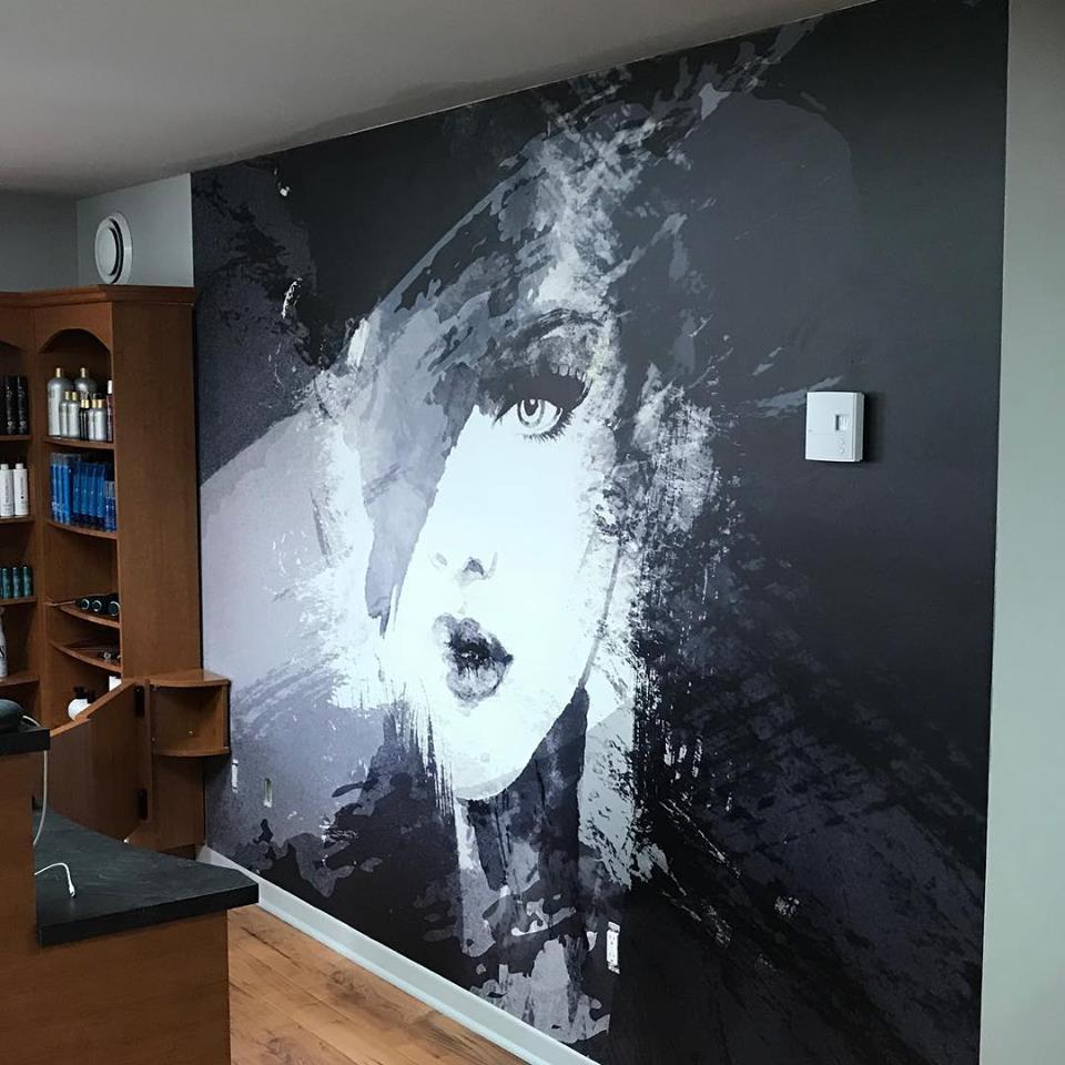 Une murale peux donner une touche exceptionnel dans une salle de bain.Le matériel étant fait de vinyle, l'eau et l'humidité ne l'affecte en rien.